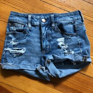 American Eagle ripped distressed jean shorts 2